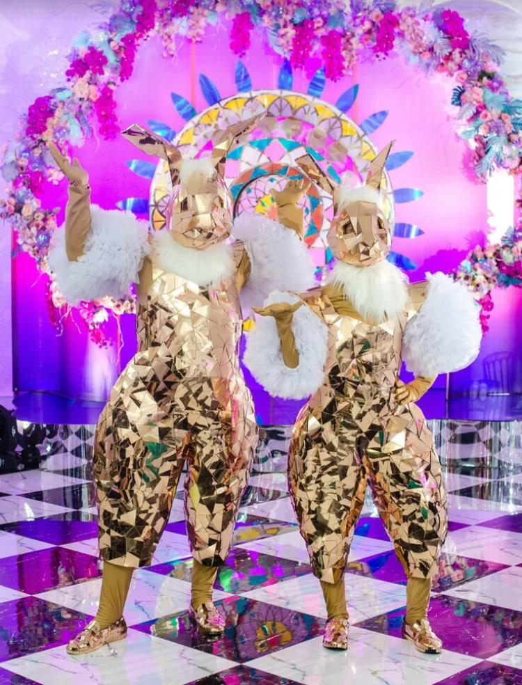 Зеркальные золотые Зайчики на встречу гостей